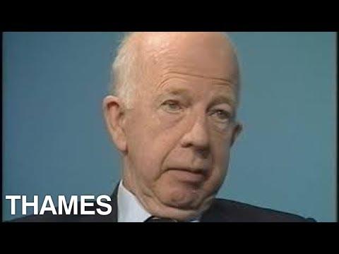 Crime Pathologist interview | Keith Simpson | Talking personally | 1983