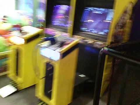 Sala De Juegos En El Centro Comercial Galleria En Houston, Texas (game Room) - Skywind007