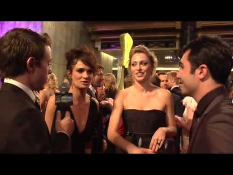 Danielle Cormack & Chelsie PrestonCrayford   The Silic & Lee  at the Logies 2012