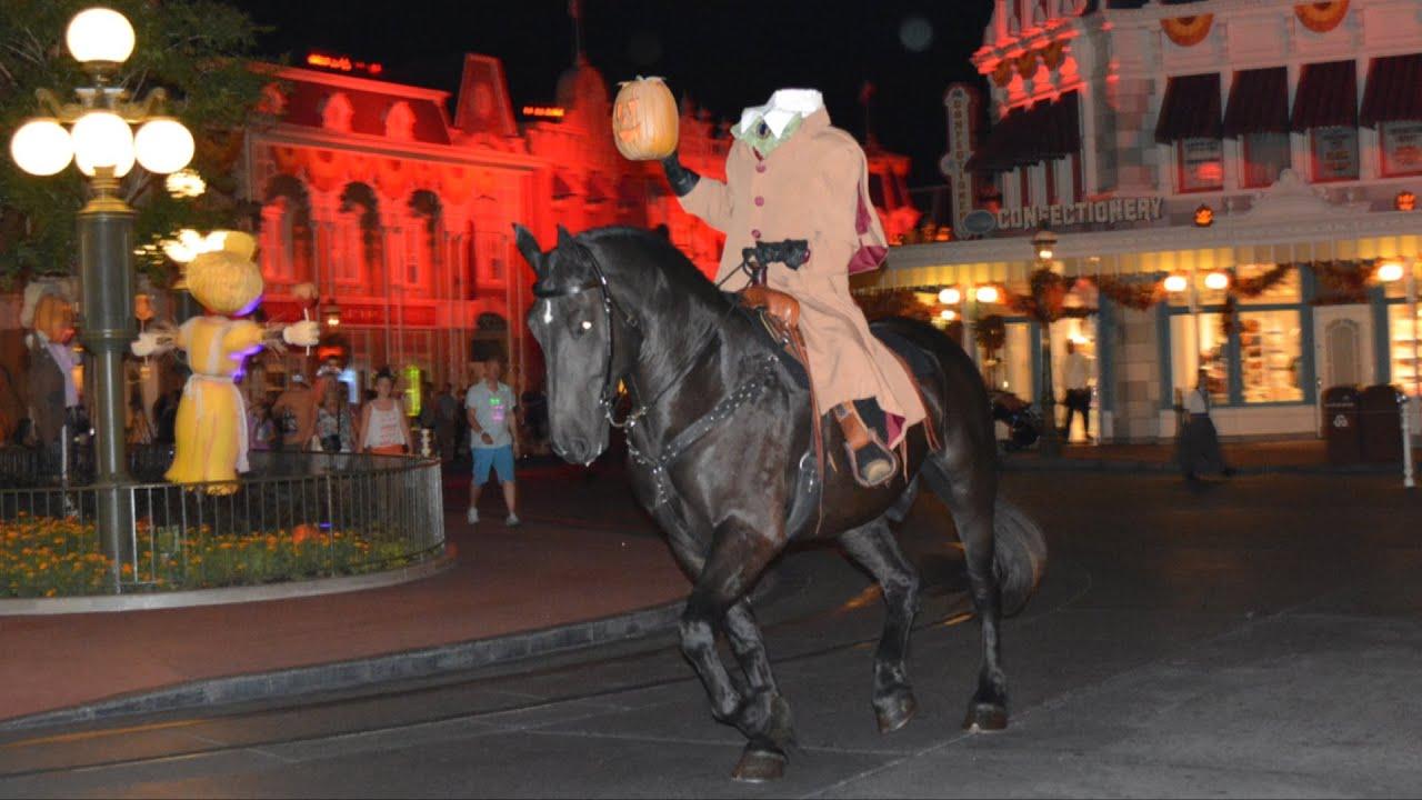 Headless Horseman Multi-Angle Ride at Mickey's Not-So-Scary ...