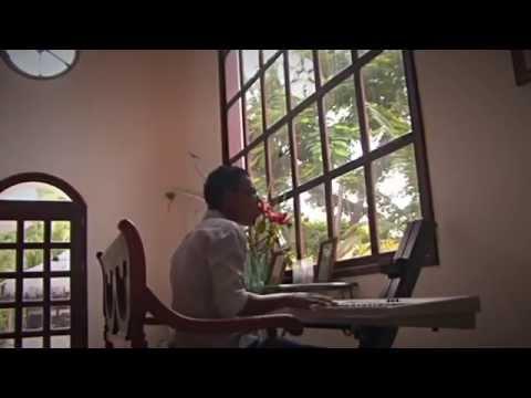 Amor o rutina / Beder  Musicólogo & Mr Omar el Apache / Oficial
