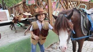 Jadi Koboi Cilik Ngebonceng Dede Fafa Naik Kuda di Farmhouse Karangresik Tasikmalaya