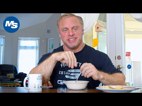 Can You Work Full-Time & Compete In Bodybuilding? | John Meadows | Table Talks