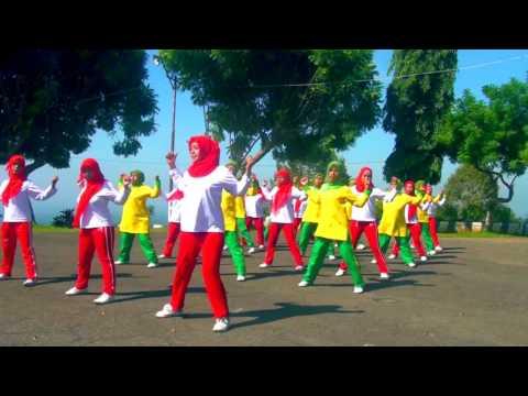 Kreasi Senam Faida - Muqit di Wisata Rembangan