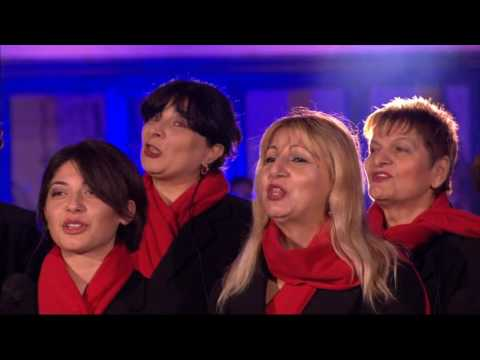 Alex Jones Katie Melua & The Gori Womens...