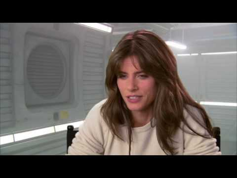 2012 Interview - Amanda Peet