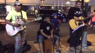 Romancinta cover- One Avenue Busker...