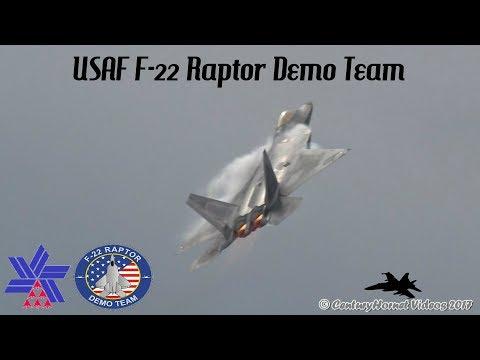 Canadian International Air Show 2017- USAF F-22 Raptor Demo Team