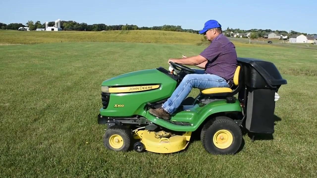 John Deere X300 Riding Lawn Mower With 2 Bag Bagger