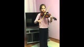 Таисия. Игра на скрипке