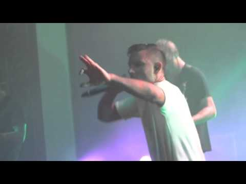 PARKWAY DRIVE - Bottom Feeder (2nd time played Live) Live in Adelaide