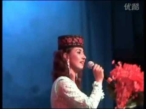 塔吉克族 Tajik Girl Singing in China