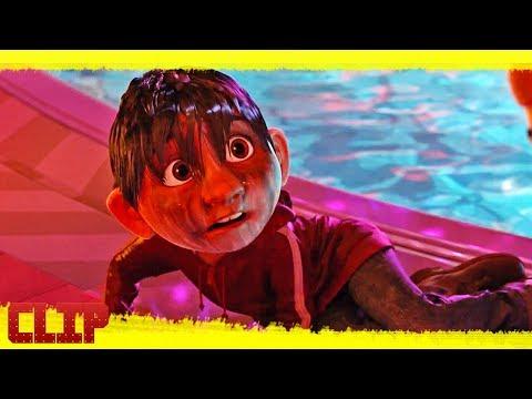 """Coco Clip Disney """"Miguel conoce a Ernesto de la Cruz"""" Español"""