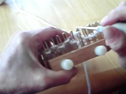 Knitting Instructions Pass Slip Stitch Over : Slip 1 Knit 1 pass slipped stitch over on a Kiss Loom - YouTube