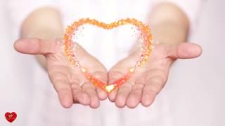 Футаж Сердце на ладонях