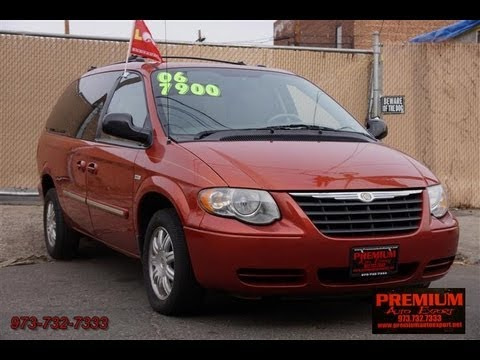 2006 Chrysler Town Country Stow N Go Walter P Signature Series You