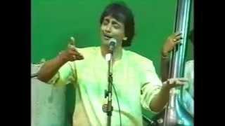 Ajit Kadkade Raag Bhairavi (Sahaja Yoga Music Bhajan) Shri Mataji Birthday Concert 1998 Delhi India