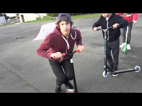 Apprendre à Faire Un Tail Whip En Trottinette Freestyle