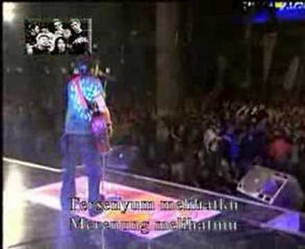PETERPAN DI DAGO PLASA BANDUNG ( LIVE ) - DIBELAKANGKU