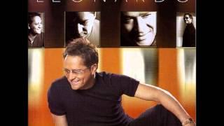 Leonardo - Deve ser amor