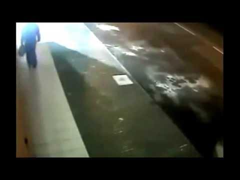 Взрыв Сбербанка России в Киеве  22.06.2015 (Explosion of Sberbank Russia in Kiev Ukraine)