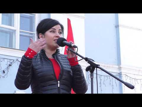 Новоалтайск: митинг против закрытия роддома