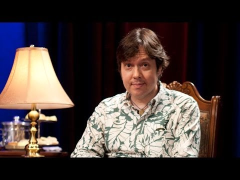 "Comedian DAVE HILL Explains ""Friends With Benefits"" & UK Drinking to British Artistocratic Siblings"