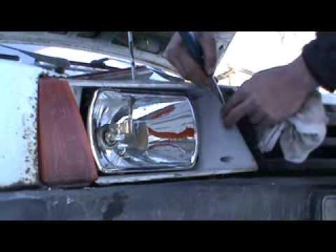 Видеозапись Как заменить стекло фары. Сделай Сам
