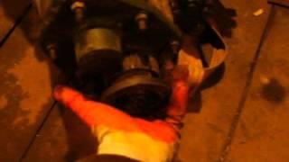 Сцепление Таврия(Короткое видео об установке диска сцепления 2108 на двигатель Таврия., 2015-03-08T15:21:13.000Z)