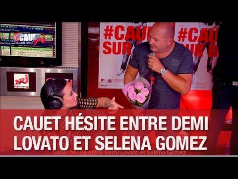 Cauet hésite entre Demi Lovato et Selena...