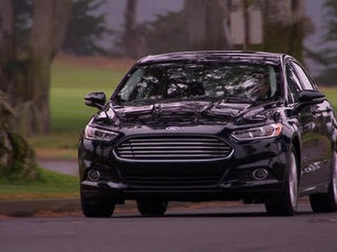 Car Tech - Ford Fusion Energi drives electric
