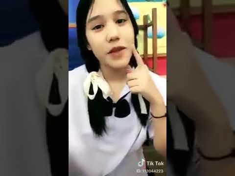 สาวมอต้นชุดนักเรียนคอซองก่อนนอน  ดีต่อใจบอกได้เลย      Student Cute Girls Thailand V 4 [0:15x200p]