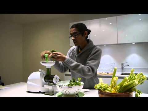 தமிழ் வீடியோ - காரட் ஜூஸ் -Tamil Video -Green Herbs & Carrot Juice