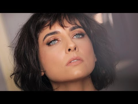HOW I APPLY MAKEUP FOR BLUE EYES WITH SPECIAL GUEST  ANDREEA BADALA | ALI ANDREEA