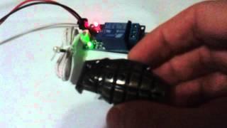фотодатчик и лазерный луч(, 2015-06-23T18:23:19.000Z)
