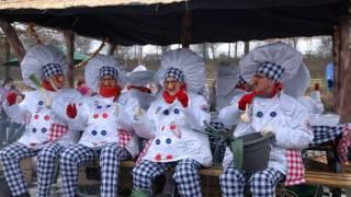 Onzjier Zèn Préférés - Nen Ajoin Zèn Baal (Aalst Carnaval - Oilsjt Karnaval)