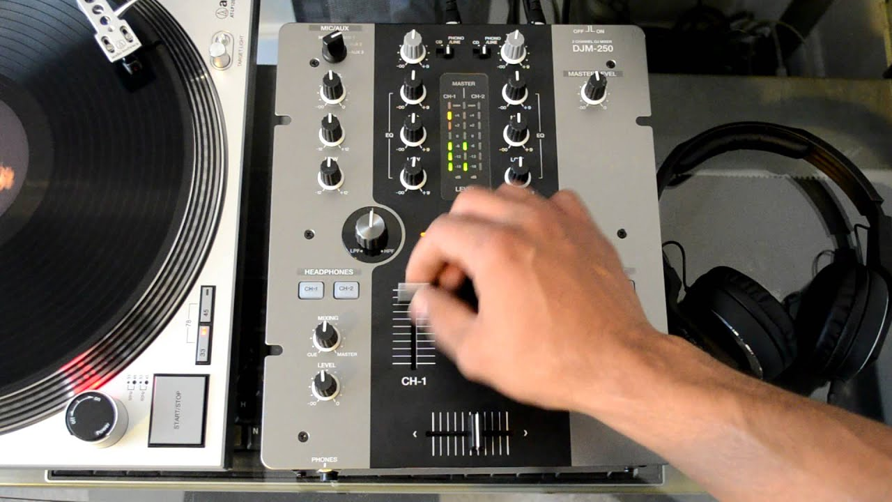 Pioneer Djm 250 : pioneer djm 250 two channel professional dj mixer hd video review youtube ~ Russianpoet.info Haus und Dekorationen