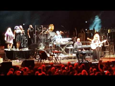 """Stevie Wonder & Tori Kelly - """"Take Me With U""""/""""Raspberry Beret"""" at Official Prince Tribute 10/13/16"""