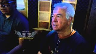 Armando Vazquez LOS OVNIS revisando cancion