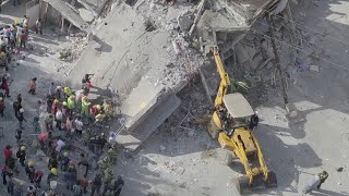 Dozens of Kids Killed When Building Collapses in Mexican Earthquake