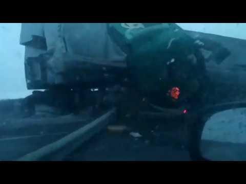 ДТП с фурами на трассе Тюмень - Омск.