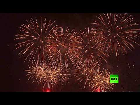 الألعاب النارية تضيء سماء أبو ظبي احتفالا بزيارة الرئيس الصيني  - نشر قبل 1 ساعة