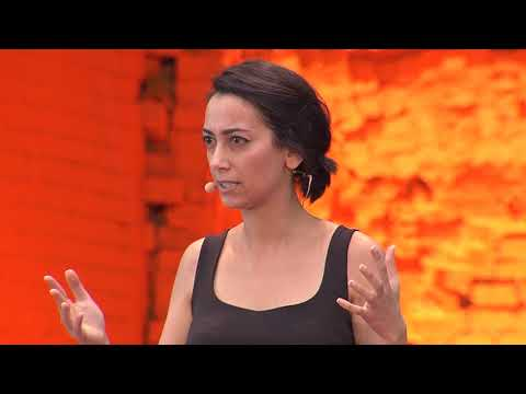 Why violent extremist narratives resonate | Christina Nemr | TEDxCibeles