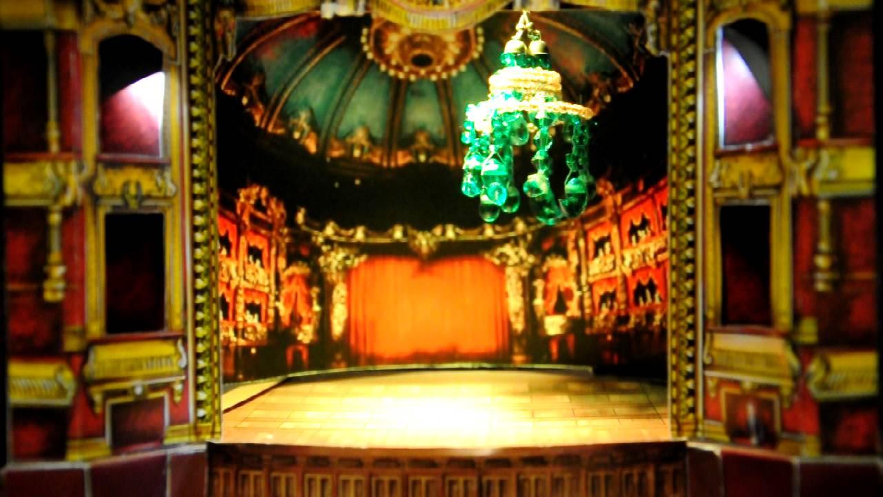 Phantom Of The Opera Chandelier Crash Stage Size 11x11cm 4 3x4 3 Inch