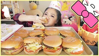 10 IN-N-OUT CHEESEBURGERS in 10 MINUTES CHALLENGE