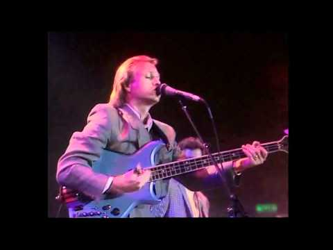 Running In The Family - Mark King -  Princes Trust All Star Band - 1987 - HD
