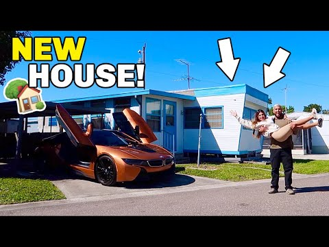 WE BOUGHT A NEW HOUSE!!! **HOUSE TOUR**