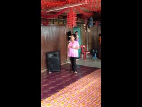 Penyanyi Iban Baru - Annie