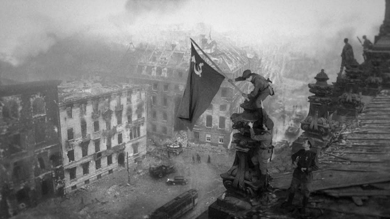 Знамя Победы над Рейхстагом: Воссоздание момента исторического снимка