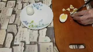 Салат с курицой и ананасами